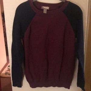 Size L girls sweater from Forever 21